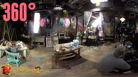 Curl Up and Dye: Behind the Scenes   360°   Descendants 2